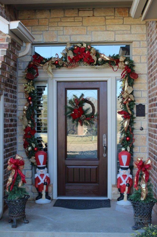 Belle Bleu Interiors Christmas Front Porch 5