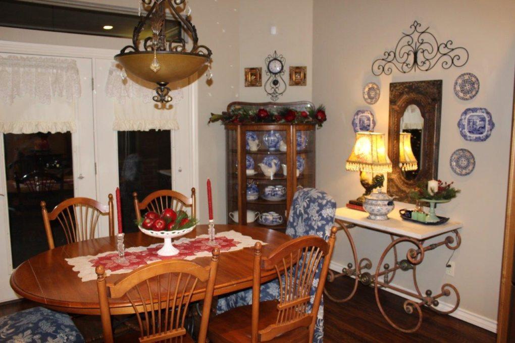 Belle Bleu Interiors Christmas Home Tour 28