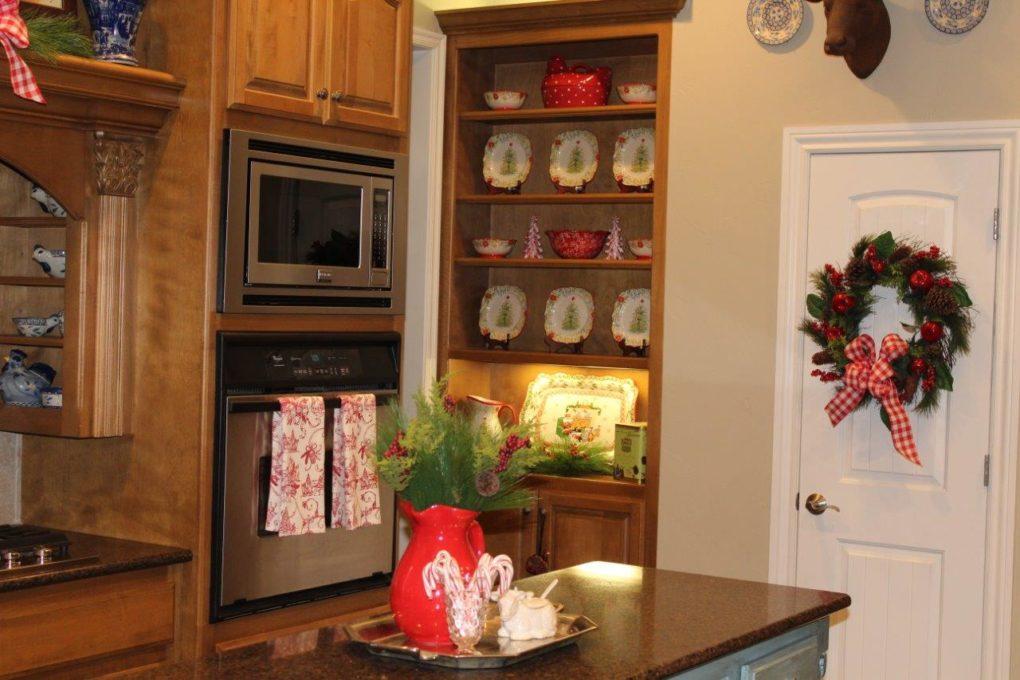 Belle Bleu Interiors Christmas Home Tour 35